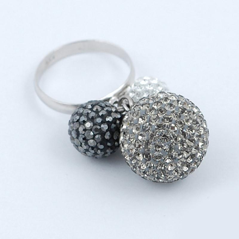 Inel din Argint 925, cu trei sfere decorate cu cristale albe, gri si negre