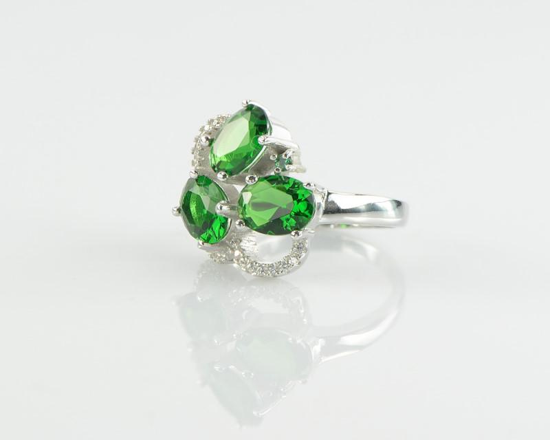 Inel din Argint 925 decorat cu zircon verde si alb