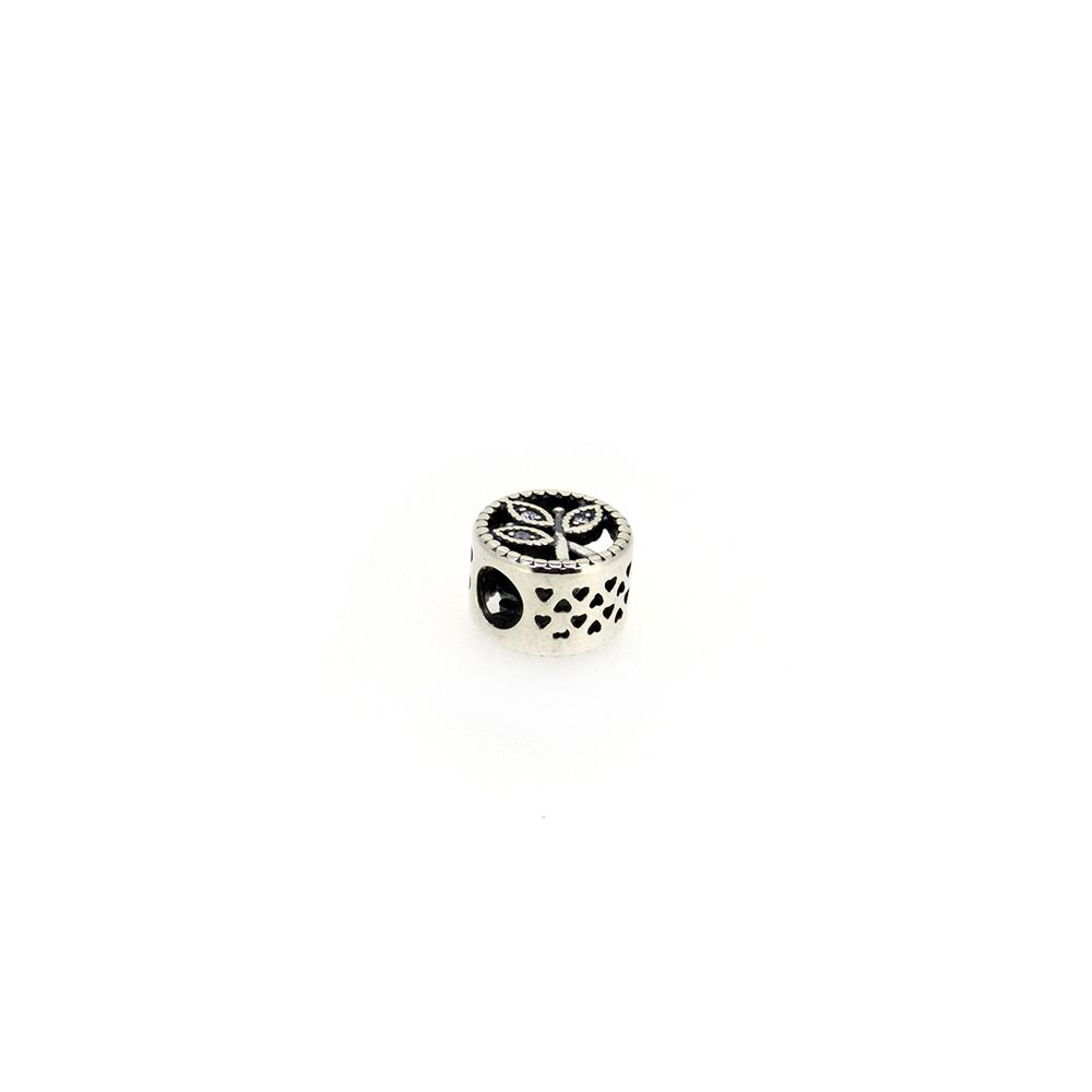 Pandantiv rotund, din argint, decorat cu zirconii