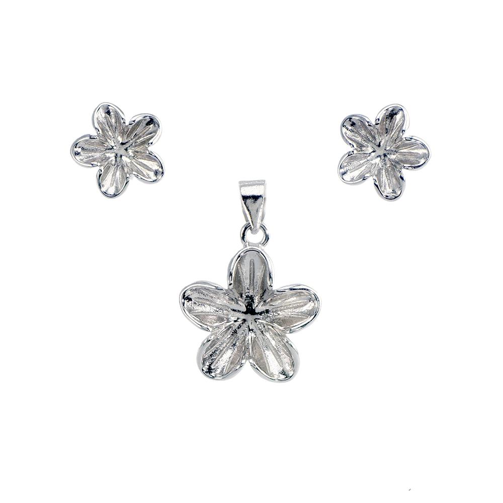 Set cercei si pandantiv din argint 925 in forma de floare