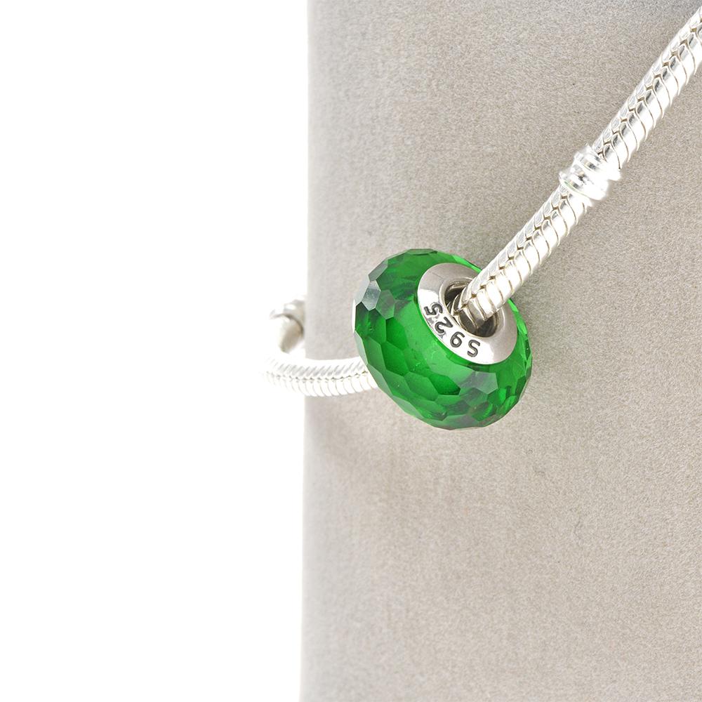 Talisman sticla de murano fatetata  verde