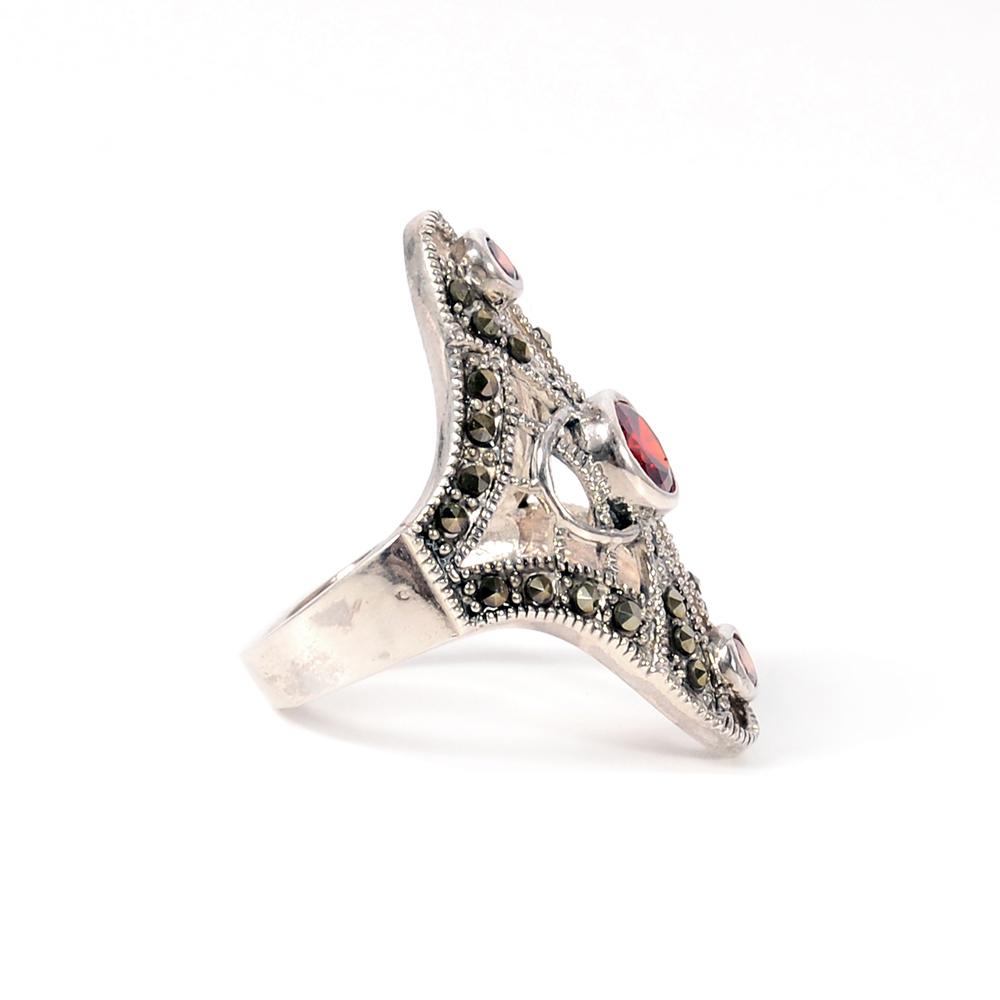 Inel argint cu zirconii rosii, marime 54
