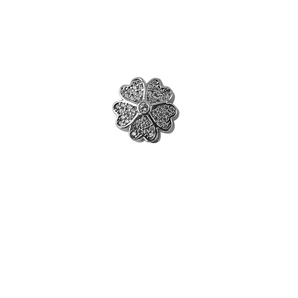 Talisman argint floare cu zirconii albe